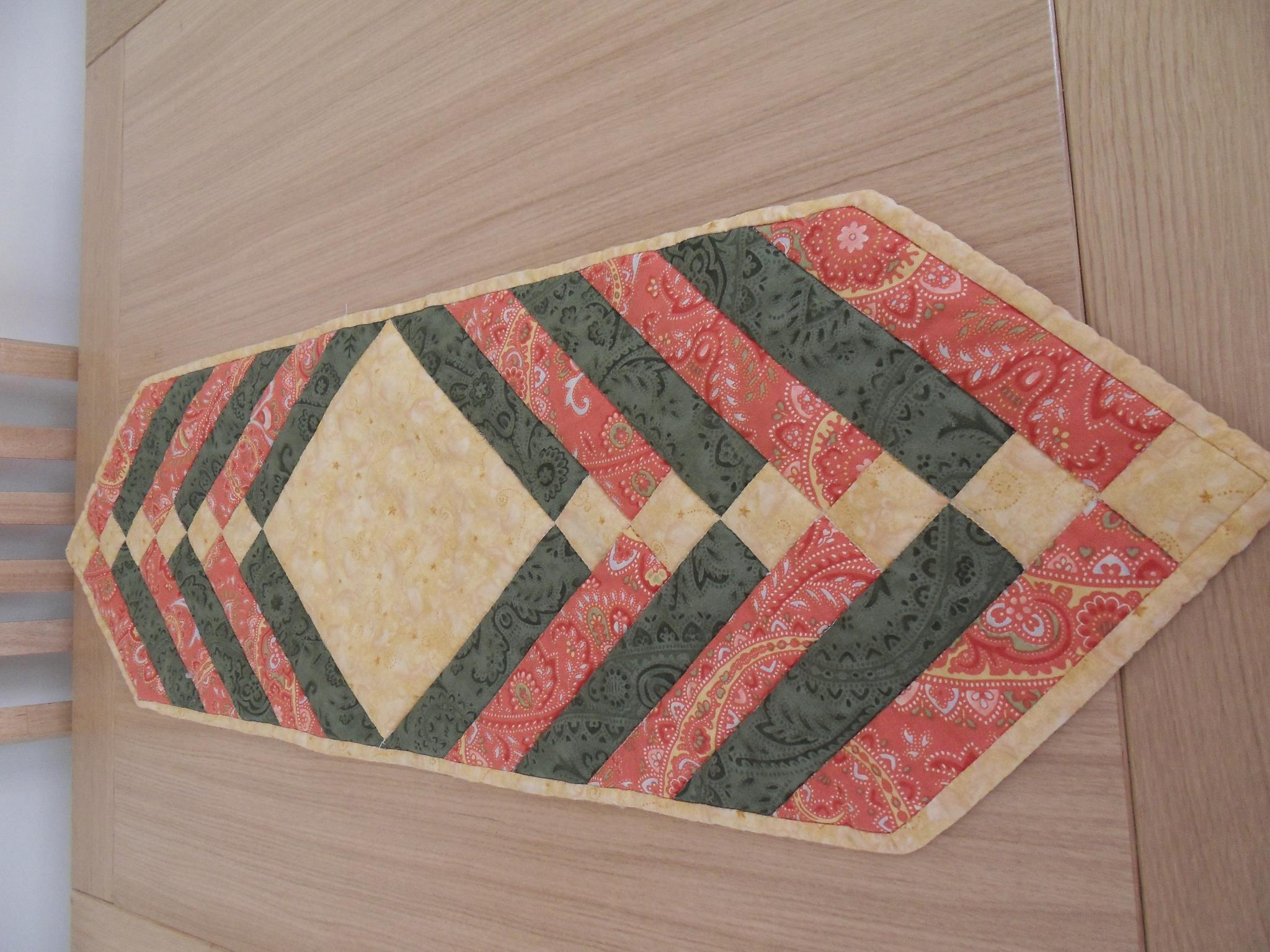 Central Diamond Table RunnerHand Made Quilting